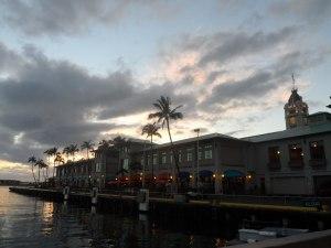 Aloha Tower Sonnenuntergang Hawaii Oahu Tour