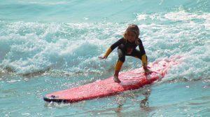 familien-hawaii-surfen