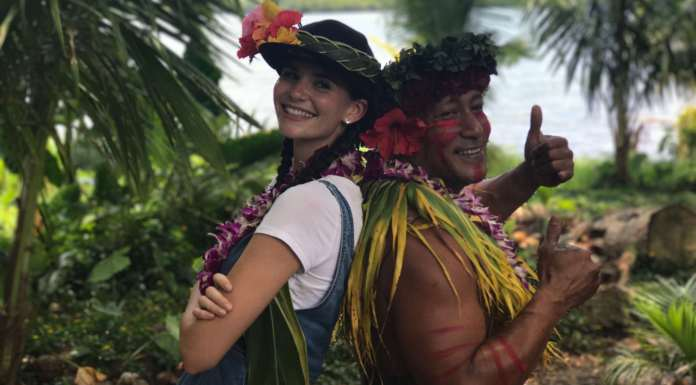 Hawaiianische Dschungelshow in Hawaii mit Betty Taube