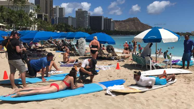 Surfunterricht Waikiki Betty Goes Hawaii