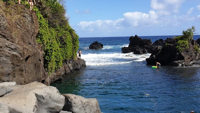 Road to Hana inkl. Loop – großartiges Abenteuer