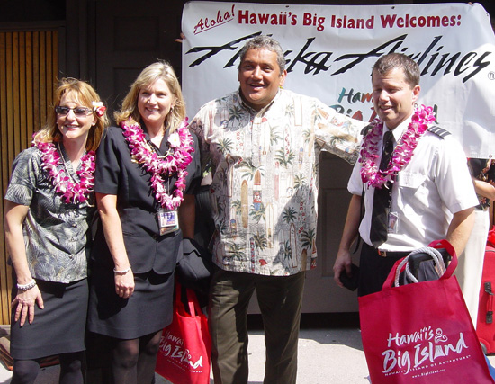 And Mayor Billy Kenoi, with airport and airline staff, looked just as pleased to see them. (Photo courtesy of BIVB)