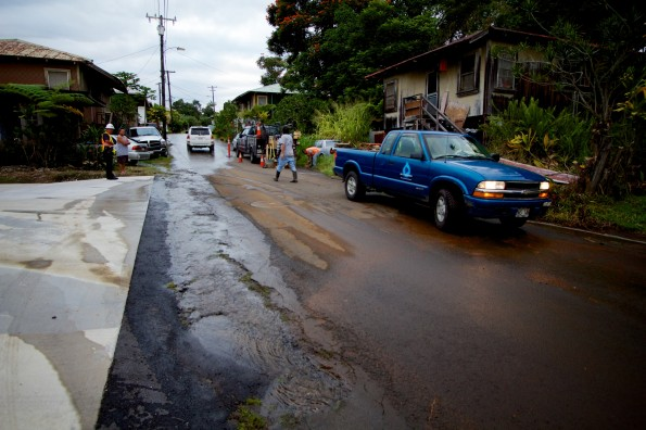 Water flows through Anderton Camp in Papaikou after a coupler on an eight-inch water main broke Wednesday afternoon (Nov 28). Photography by Baron Sekiya   Hawaii 24/7