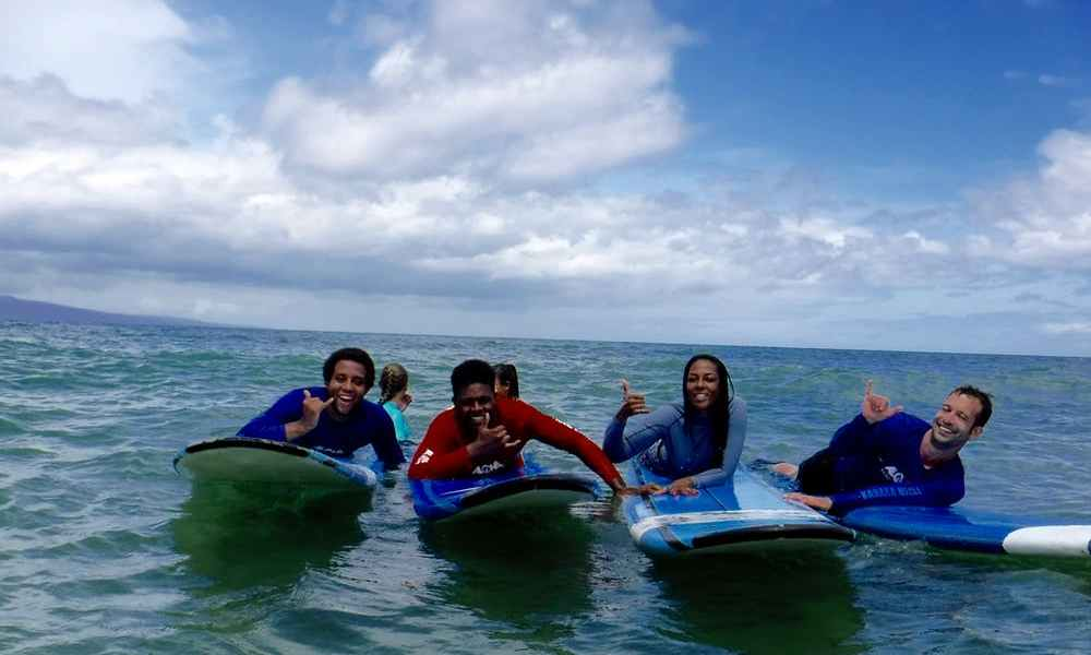 Family Surf Lessons in Maui – What to Know