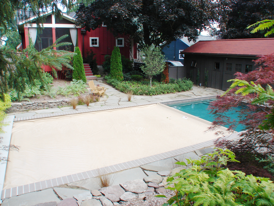Residential - Pool Partly Covered