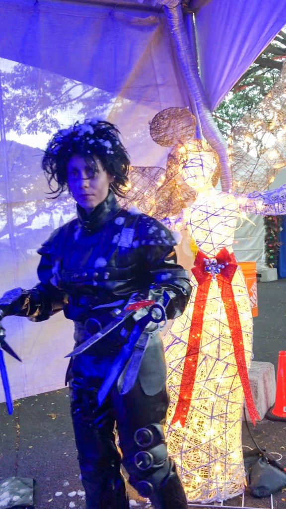 Socially Christmas'd: Edward Scissorhands