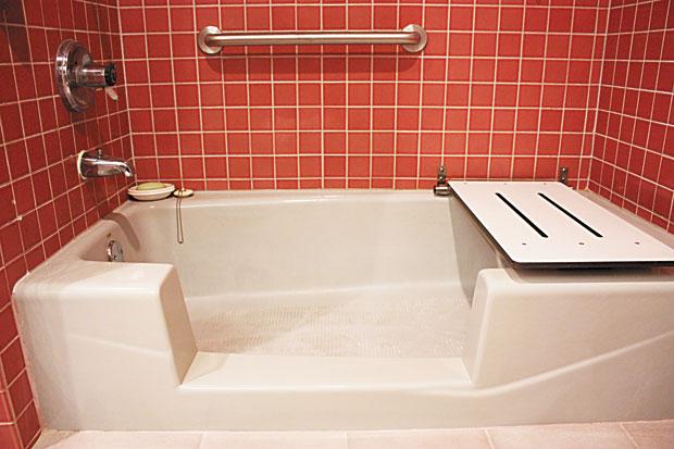 Making Bathtubs More Accessible For Seniors Island Bath