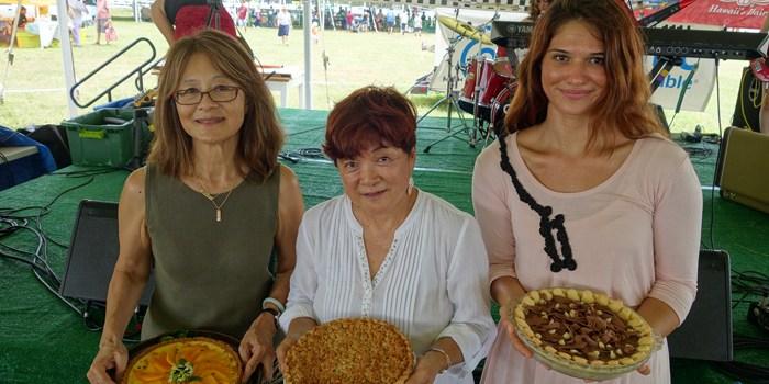 The Hawaii State Farm Fair's winning pie by Melissa Chang for Frolic Hawaii (@frolichawaii @melissa808)