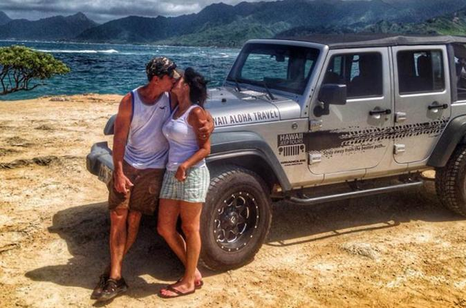 Oahu for Lovers - Private Jeep Tour