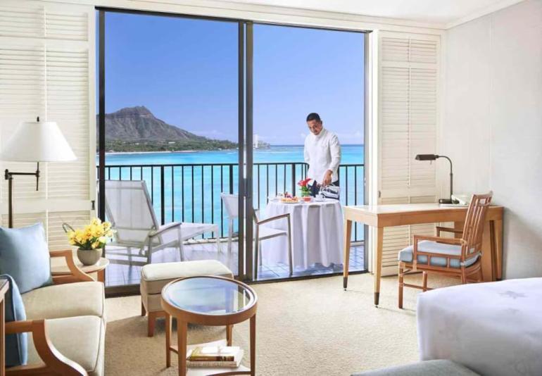 Top 8 Romantic Oahu Honeymoon Resorts featured by top Hawaii blog, Hawaii Travel with Kids: Halekulani Hotel room on Oahu