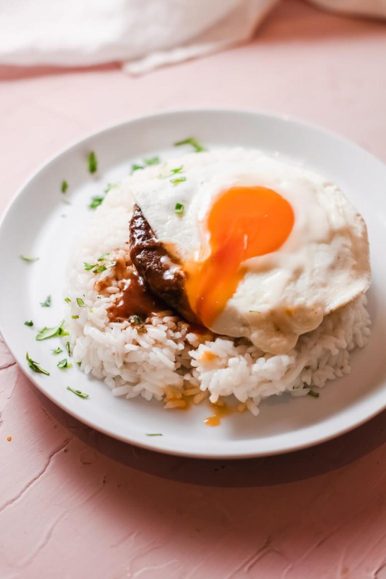 Hawaiian Loco Moco Recipe by top Hawaii blog Hawaii Travel with Kids | traditional hawaiian recipes