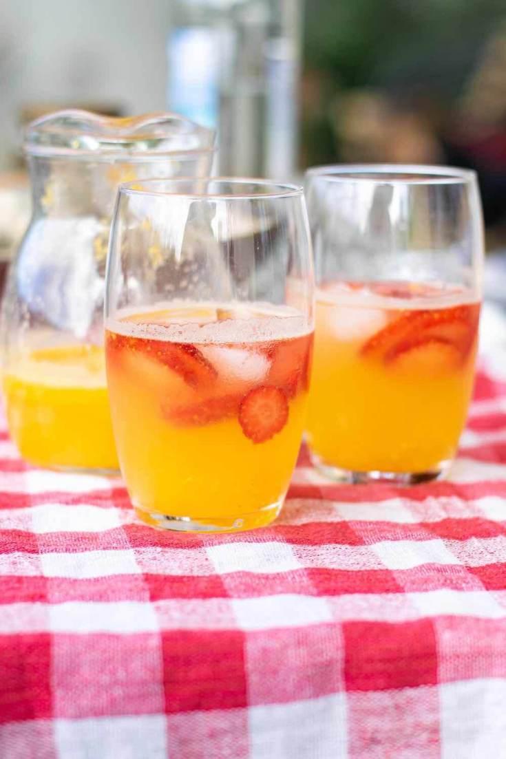 Mango Lemonade Recipe by top Hawaii blog Hawaii Travel with Kids