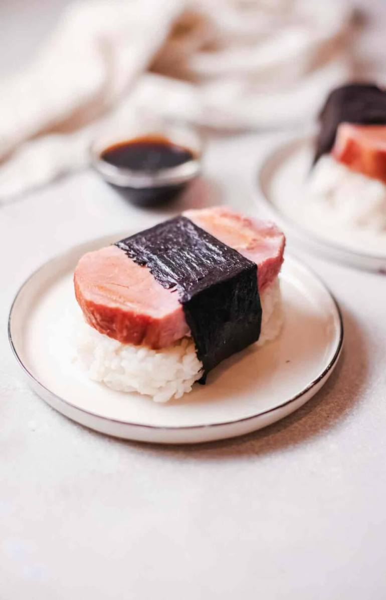 spam musubi recipe without mold recipe featured by top Hawaii blog, Hawaii Travel with Kids | how to make musubi without mold