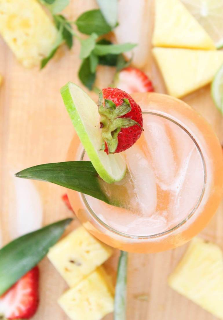 Tropical Cocktails: Strawberry Pineapple Mojito Recipe by top Hawaii blog Hawaii Travel with Kids