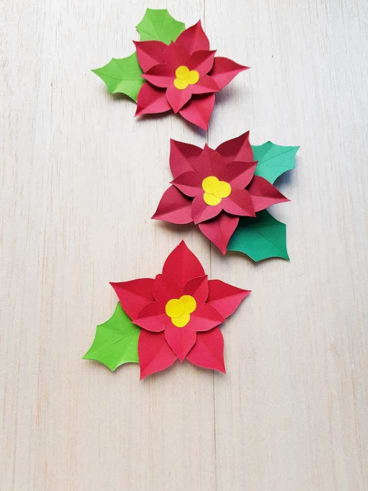 Finished paper poinsettia craft