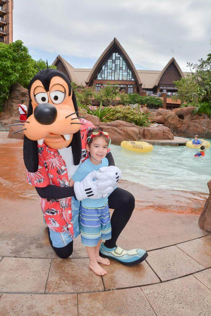 Aulani tips and Disney Aulani Resort review featured by top Hawaii blog, Hawaii Travel with Kids: How to maximize the Disney Aulani PhotoPass at the Disney Resort on Oahu