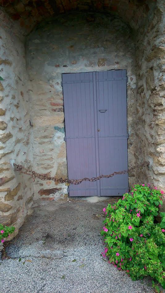 ceayr-purple-door