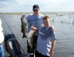 Bass Fishing TEAM Lake Okeechobee