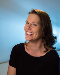 L. E. Daniels Announced as Judge of $4,500 Writing Prize