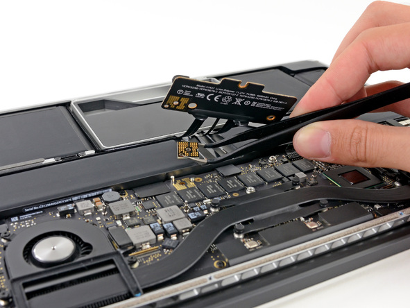 Macbookpro rd 13 teardown 20121026 23