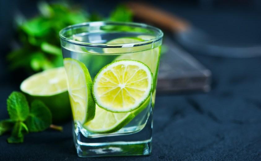 detoks-icecegi-limon-su