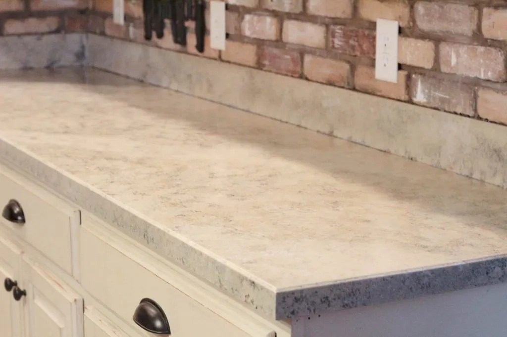 Painted Countertops How To: From Laminate To Granite