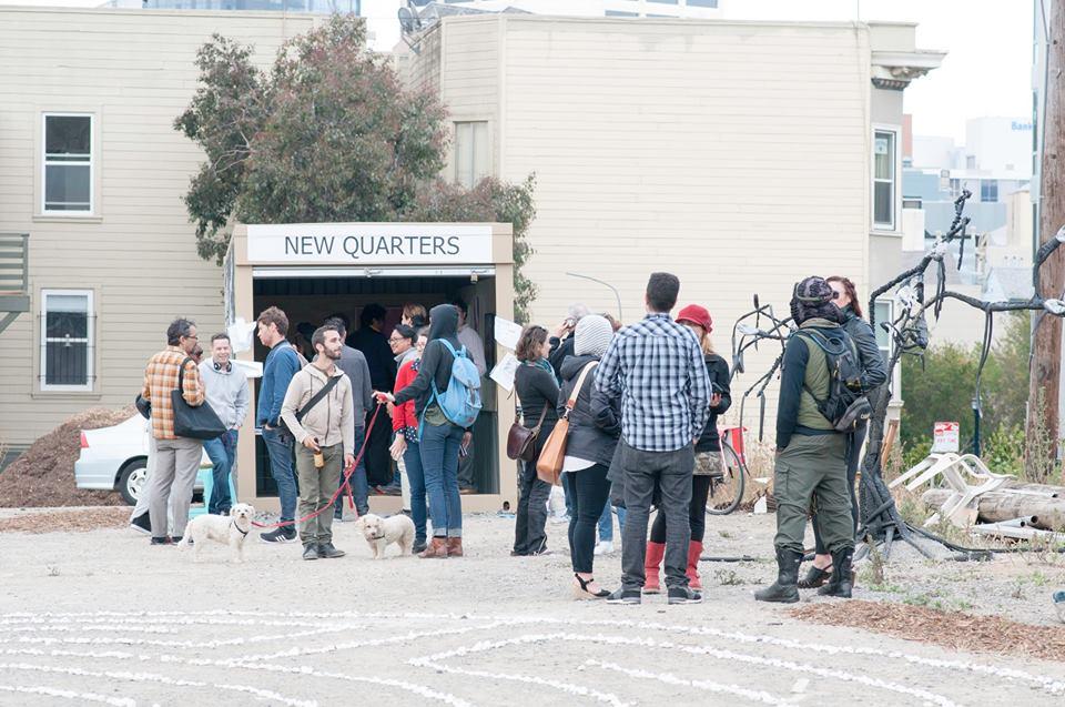 new quarters large crowd