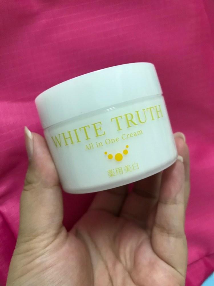 White Truth光感淨透美白凝凍-使用感受輕爽舒適,傳明酸添加,抑制黑色素形成及防止色素斑的形成,美白淡斑更有力! 保養品分享 健康養身 攝影 民生資訊分享