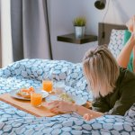 The Perfect College Cleaning Schedule | Surviving College Tips | Hayle Olson | www.hayleolson.com