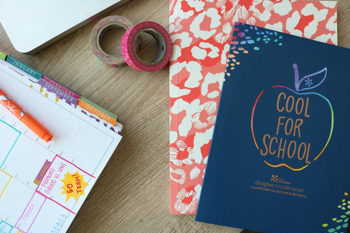 15 Things To Put In Your College Planner | College Tips | hayle santella | www.haylesantella.com