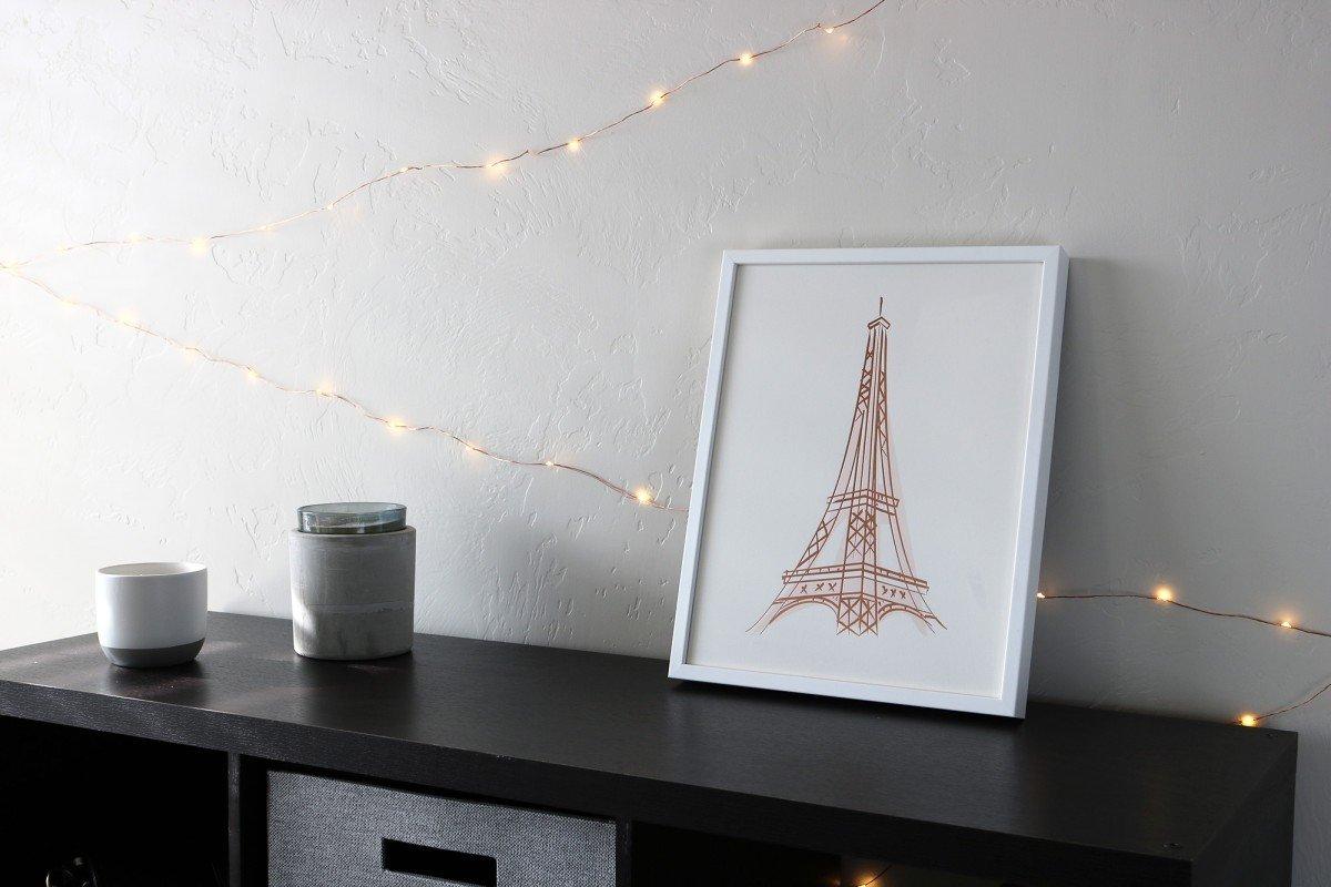 Decorating Your Dorm Room With Art | College Tips | hayle santella | www.haylesantella.com