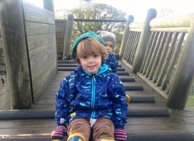twins-three-park