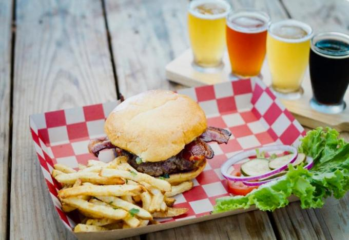 Fights of Beer, Burger and Fries