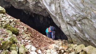 Bőgő-barlang