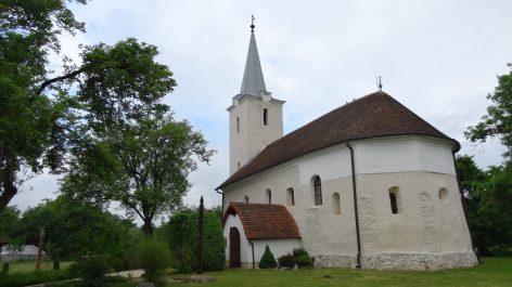 Magyarremete temploma