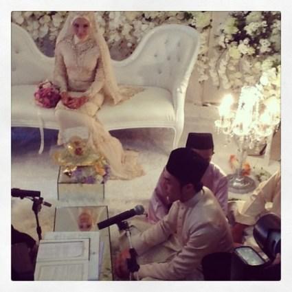 Gambar Pernikahan Apek & Leuniey 2