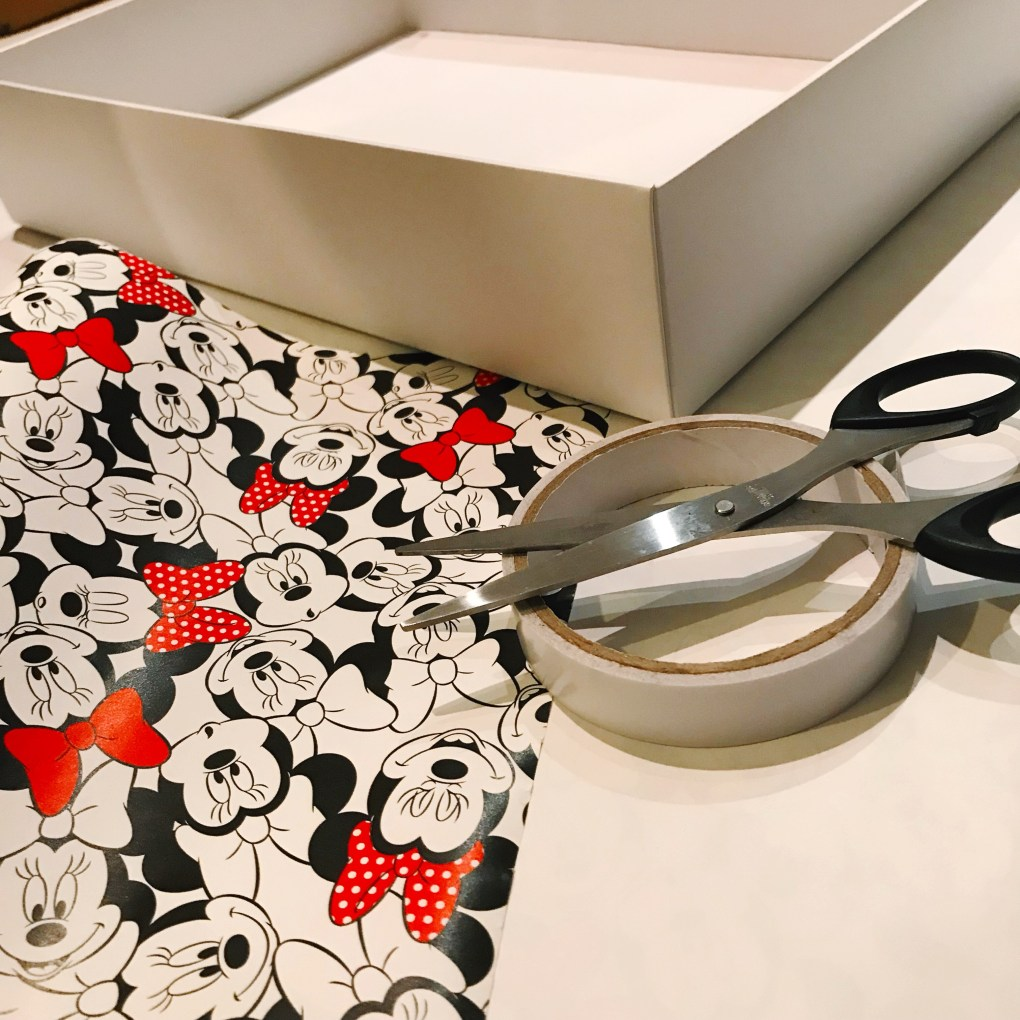 Minnie mouse Macbox upcycle