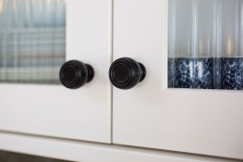 Hamptons Style Kitchen Door Handles | Helen Baumann Design