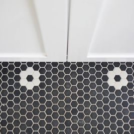 Black & White-Bathroom | Helen Baumann Design