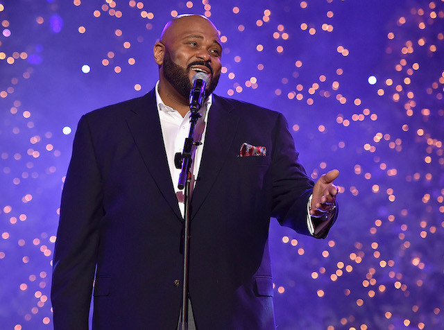 HOLLYWOOD, CA - NOVEMBER 29:  Singer Ruben Studdard performs onstage during the 2015 Hollywood Christmas Parade on November 29, 2015 in Hollywood, California.  (Photo by Mike Windle/Getty Images for The Hollywood Christmas Parade)