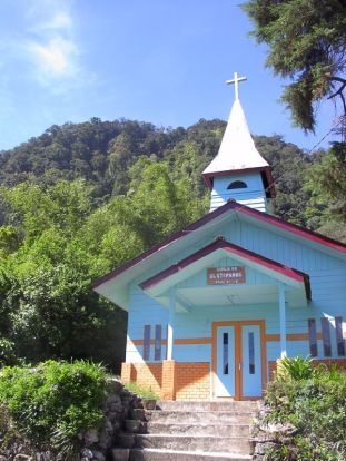 Catholic church in Karo village (North Sumatra, 2004)