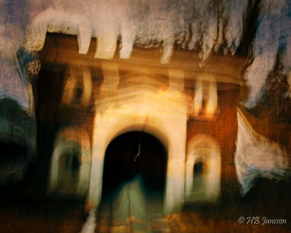 Ghost_house-2