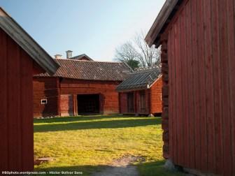 Casas de madera. Durante el festival de verano o Midsummer aquí se celebran muchas actividades.