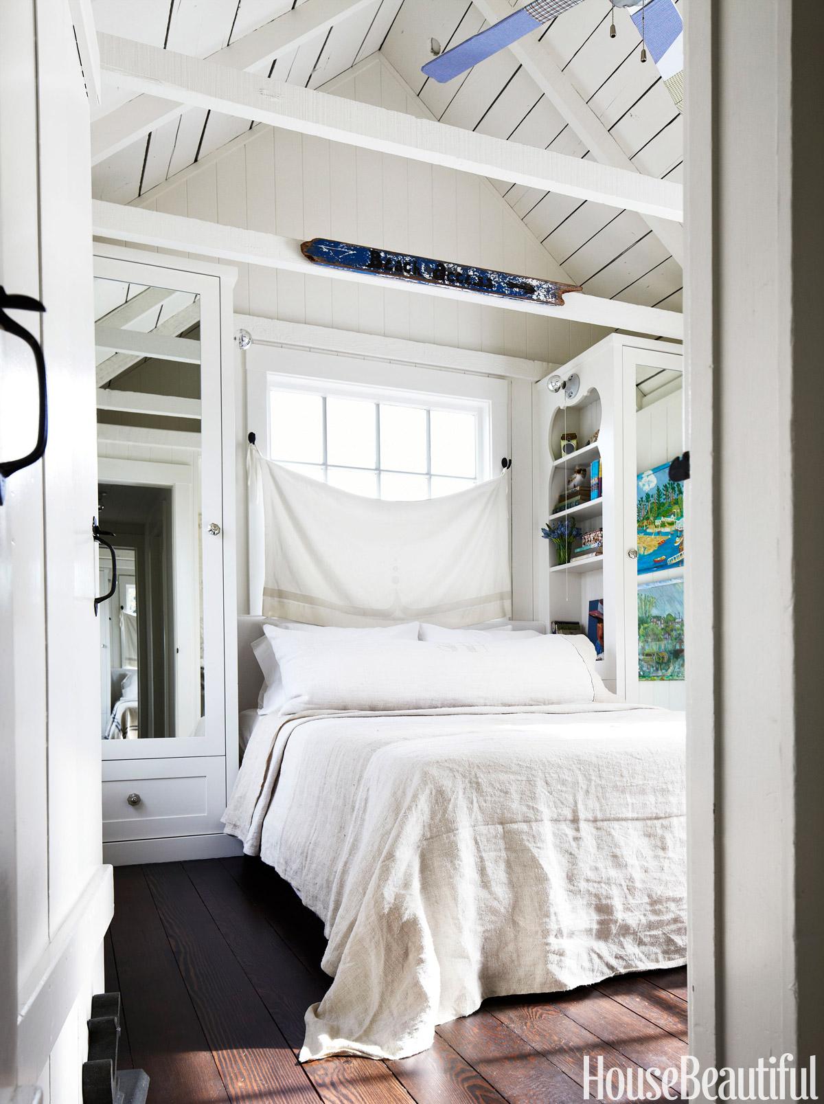 10 Small Bedroom Decorating Ideas