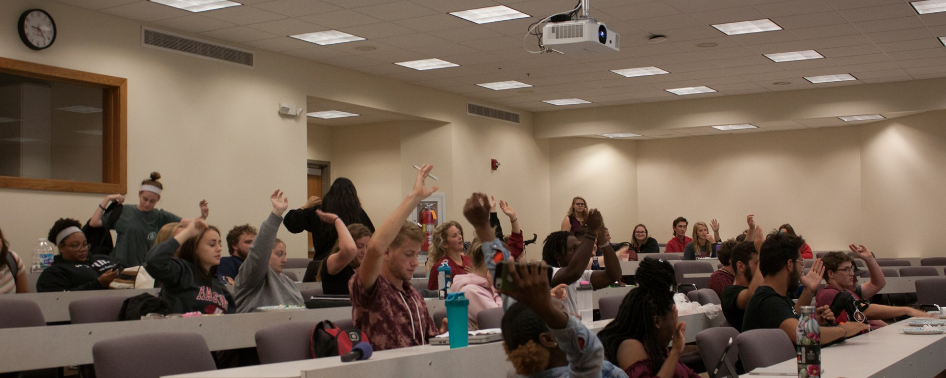 Students voice their opinions at a Student Association Senate meeting