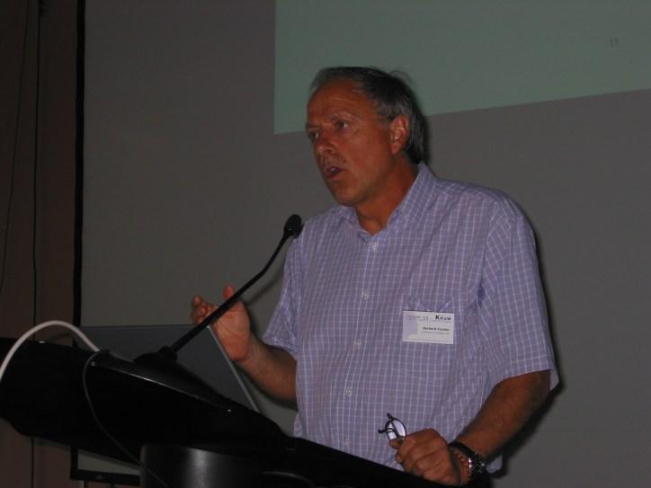 Gerhard Fischer speaking at I-KNOW in Graz, Austria on July 4, 2003.