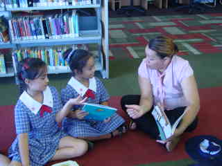 The librarians love to help us find a book to read and talk to us about it.