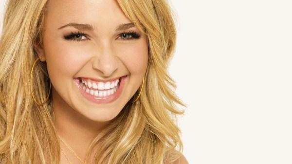Hayden Panettiere Smile Wide