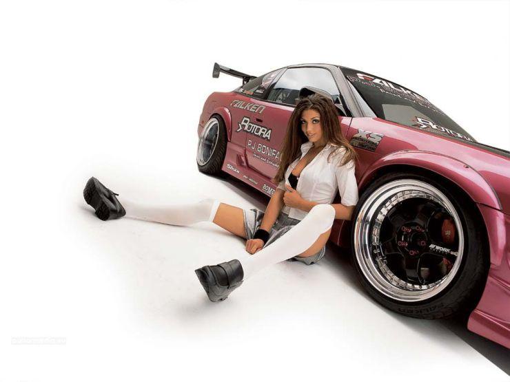 girls on cars wallpaper