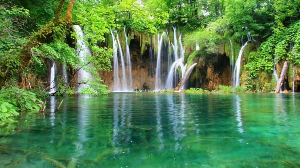 3d waterfalls wallpaper free download